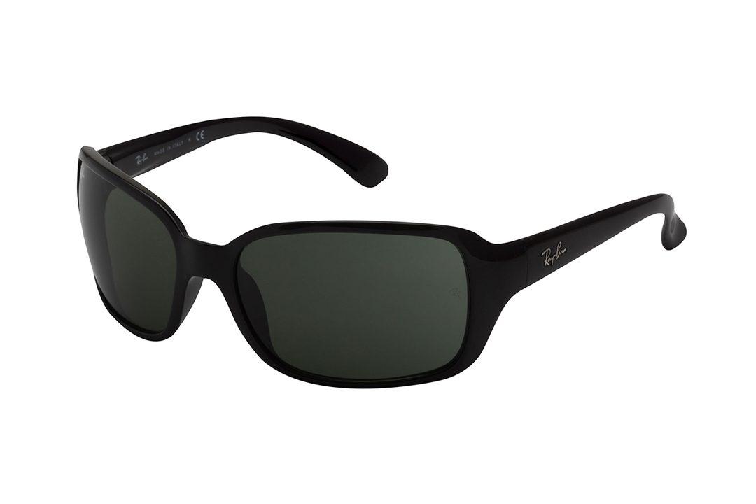 משקפי שמש מלבניים, מסרגת וזרועות בצבע שחור, עדשות בצבע ירוק
