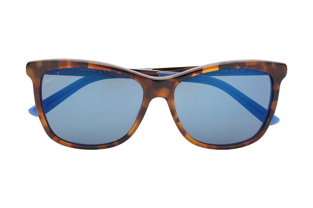 משקפי שמש מלבניים עם אדג' חתולי, חזית מנומרת, פאת עומק משולבת - מנומר וכחול וזרועות בשילוב זהב וכחול.עדשות מראה כחולה