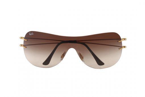 משקפי שמש מבית Ray Ban בדגם מסכה קמור להגנה מקסימלית על העיינים העשוי בשלדה אחת