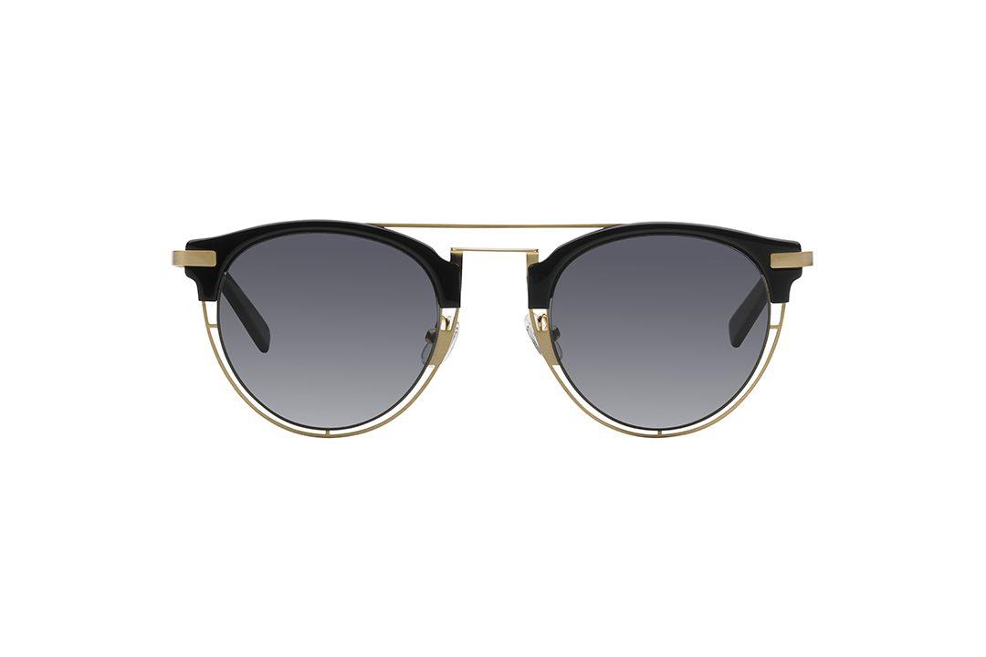 משקפי שמש בעלי עדשות עגולות וחצי מסגרת עליונה שחורה, בעלת פינות חתוליות.חצי מסגרת תחתונה, גשר אף כפול וזרועות בצבע זהב, עדשות בגוון כחול