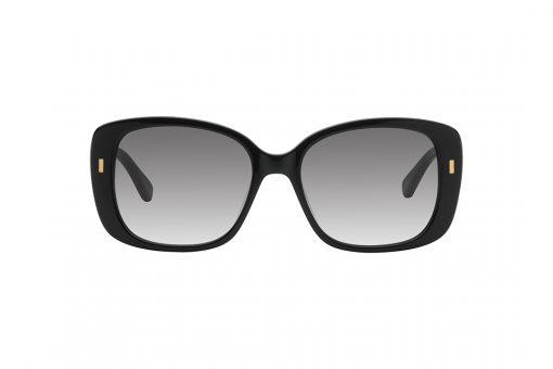 משקפי שמש אובר סייז מלבניים, מסגרת שחורה בשילוב עיטורי מלבן זעירים בצבע זהב על הצלעות החיצוניות, זרועות בצבע שחור, עדשות בצבע אפור