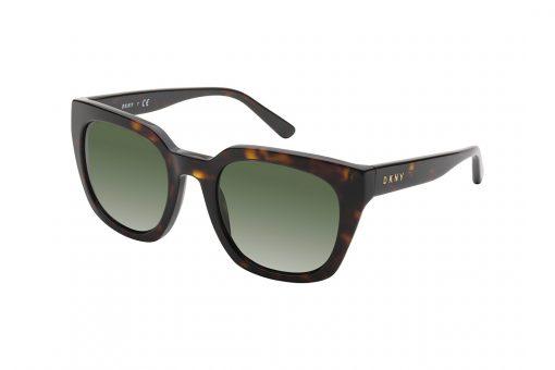 משקפי שמש אובר סייז מלבניות עם פינות מודגשות, מסגרת וזרועות במראה מנומר כהה ועדשה ירוקה