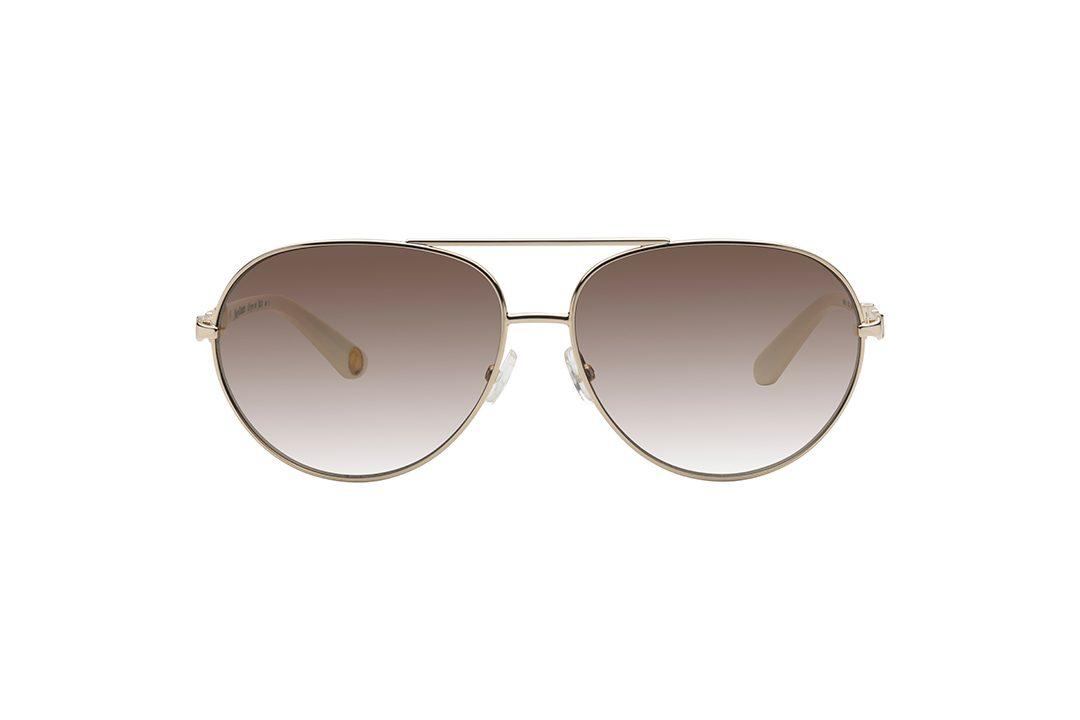 משקפי שמש טייסים במראה אלגנטי, מסגרת מוזהבת וזרועות מוזהבות בעיצוב של חוליות שרשרת בשילוב חומר פלסטי בצבע לבן, עדשות בגוון חום