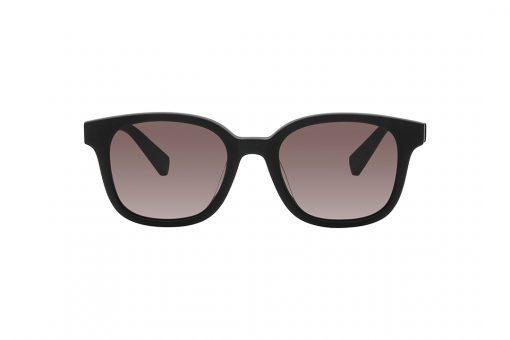 משקפי שמש מלבניים, מסגרת וזרועות בשחור מט ועדשה סגולה