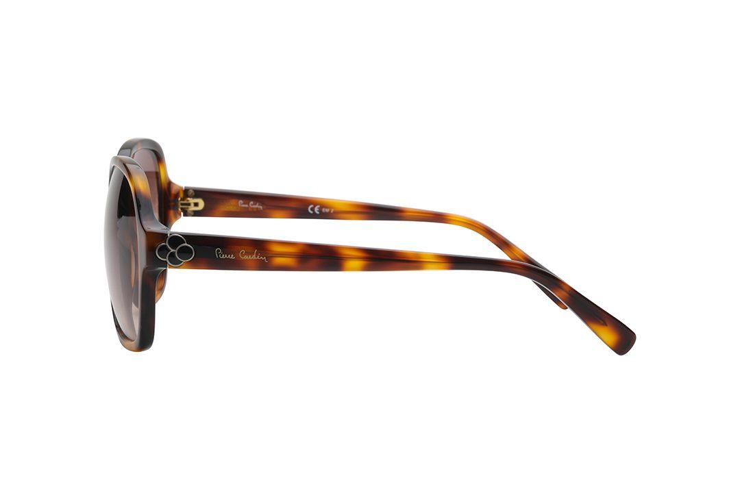 משקפי שמש אובר סייז מרובעים, מסגרת וזרועות דקות במראה מנומר, בשילוב עיטור פרח שחור על הזרועות, בחיבור עם המסגרת, עדשות בצבע חום