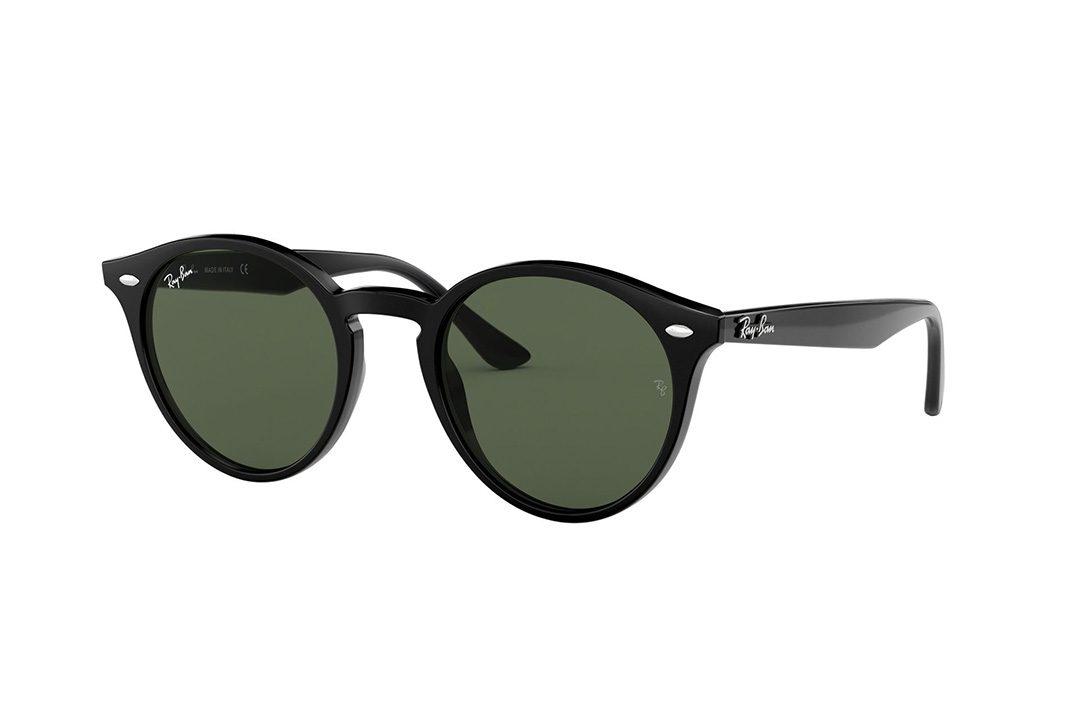 משקפי שמש מבית Ray Ban בדגם עגול נשי בגוון שחור ועדשות תואמות