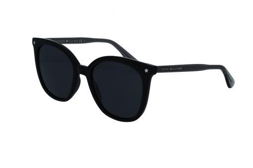 משקפי שמש מבית Tommy Hilfiger בדגם אובר סייז נשי בגוון שחור עם עיטור כוכב בצידי הפרונט
