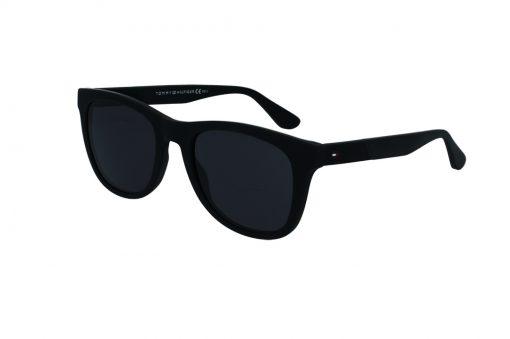 משקפי שמש מבית Tommy Hilfiger בדגם יוניסקס מרובע בגוון שחור ועדשות כהות