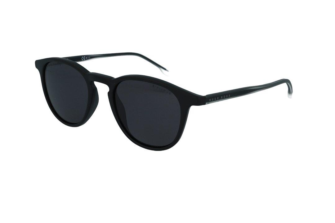 משקפי שמש מבית BOSS בדגם יוניסקס בגוון שחור וזרועות בשילוב גוון שקוף