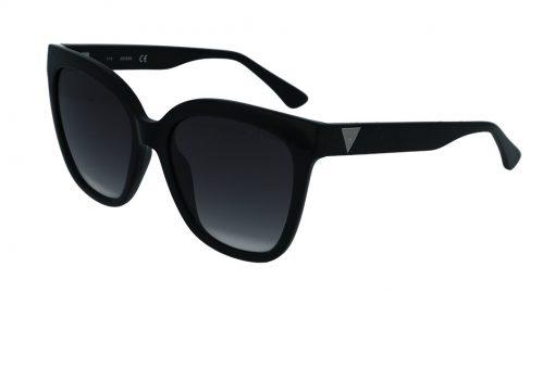 משקפי שמש מבית GUESS בדגם אובר סייז בגוון שחור ועדשות מדורגות