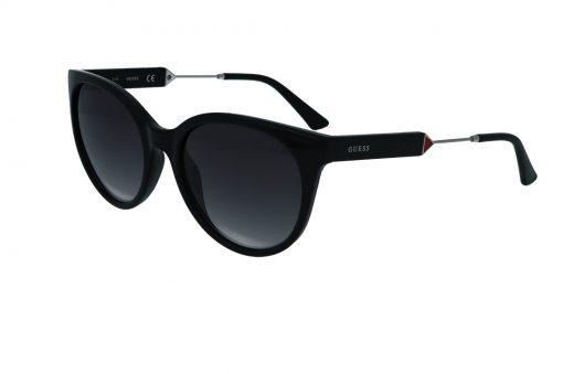 משקפי שמש מבית GUESS בדגם אובר סייז חתולי בגוון שחור ועדשות כהות