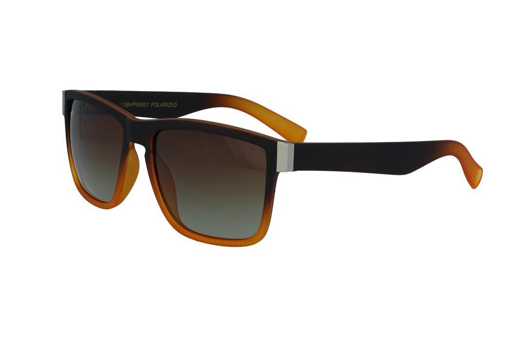 משקפי שמש מבית BHPC במסגרת מרובעת בגוון חום כתום  עם עדשות חום מדורג