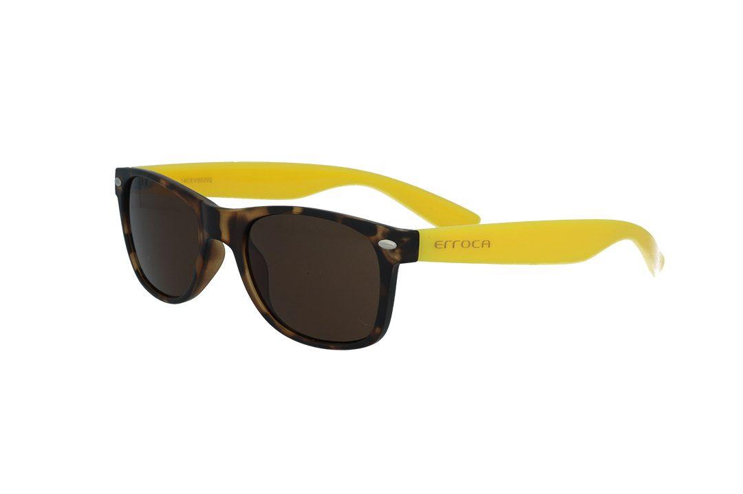 משקפי שמש מבית ERROCA EYEWEAR במסגרת מרובעת בגווני מנומר-צהוב ועדשות בגוון חום