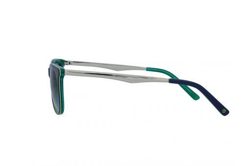 משקפי שמש מבית ERROCA EYEWEAR במסגרת בעלת פרונט בצבע ירוק-כחול עם עדשה אפורה מדורגת