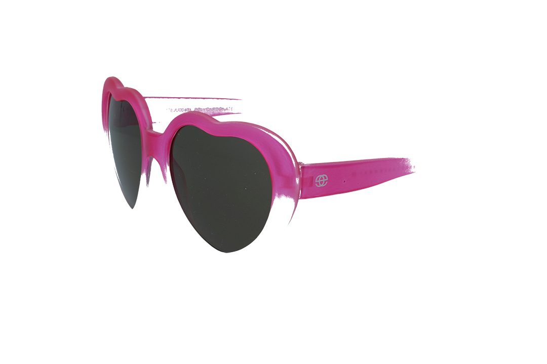 משקפי שמש לילדים מבית Erroca Eyewear בדגם לבבות בגוון ורוד-שקוף חלבי מתאים לגילאים 0-5