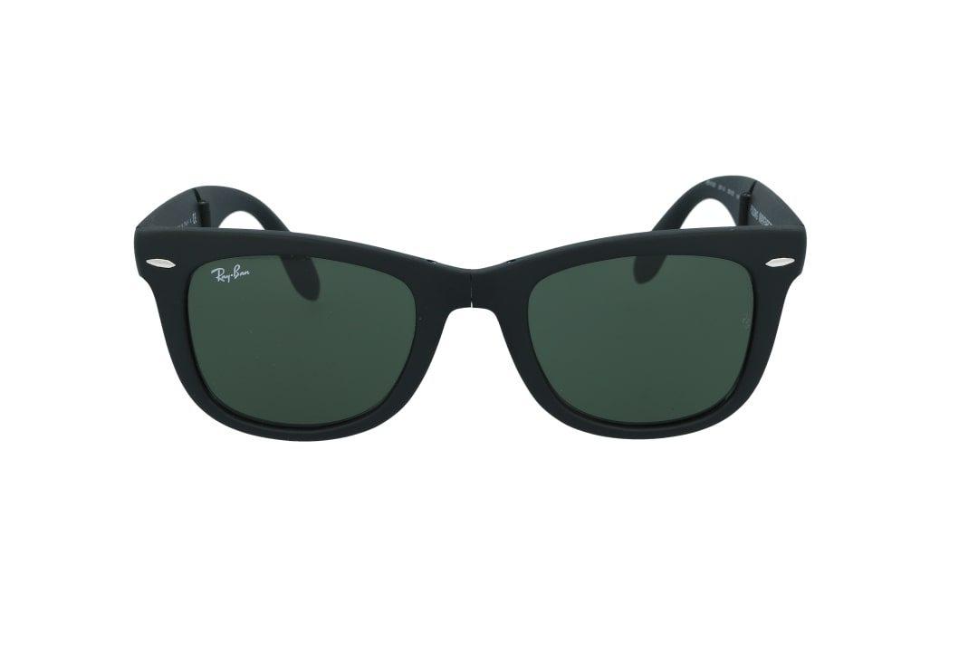 משקפי שמש מבית Ray Ban בדגם וויפרר מתקפל בגוון שחור מט ועדשות בגוון ירוק