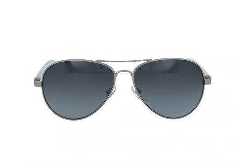 משקפי שמש מבית Guess בדגם טייסים בגווני כסף ולבן ועדשות מראה אפורות