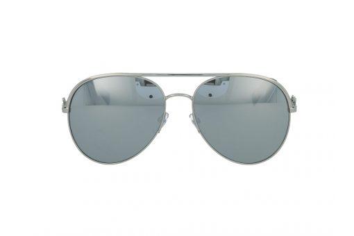 משקפי שמש מבית Marc Jacobs בדגם טייסים נשי עם גשר אף כפול ועדשות מראה בגוון כסוף