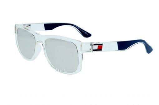 משקפי שמש מבית Tommy Hilfiger בדגם גברי מרובע בגווני שקוף וכחול עם עדשות מראה ולוגו בצידי הזרועות