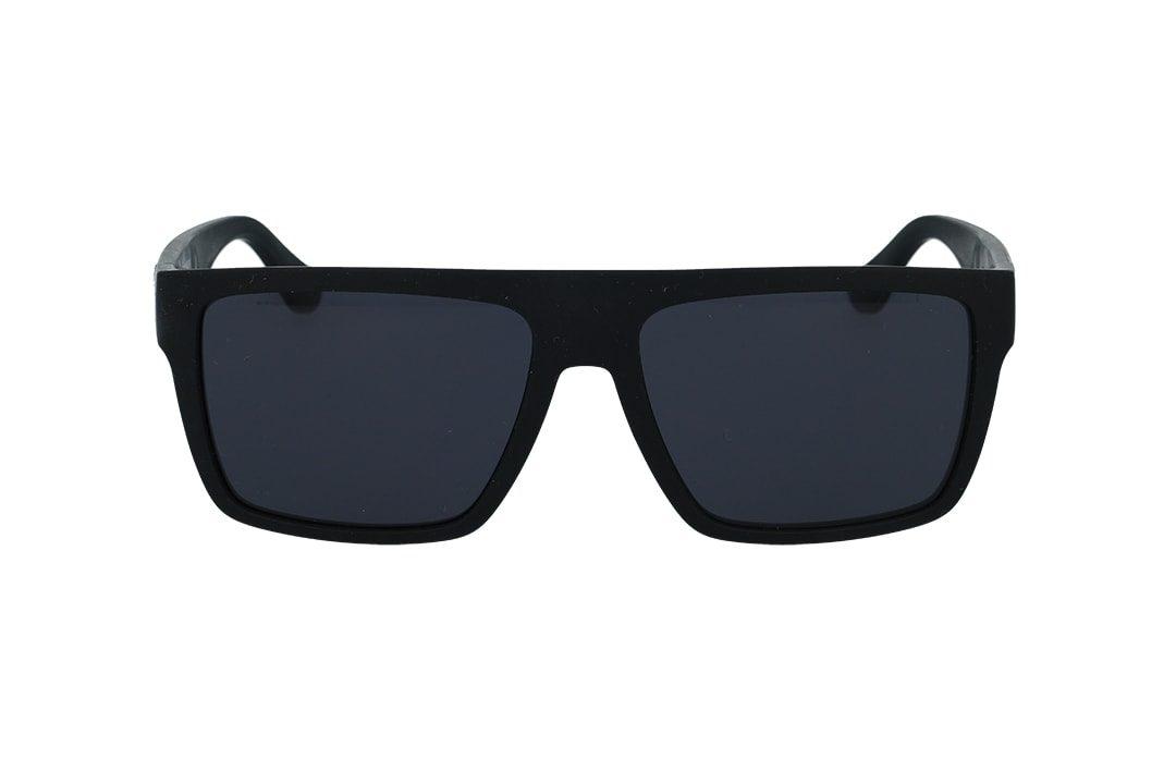משקפי שמש מבית Tommy Hilfiger בדגם גברי מרובע בגוון שחור מט ולוגו בצידי הזרועות