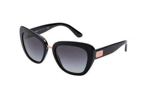 משקפי שמש מבית Dolce&Gabbana בדגם מרובע עם אדג' חתולי בגוון שחור וזהב ועדשות כהות