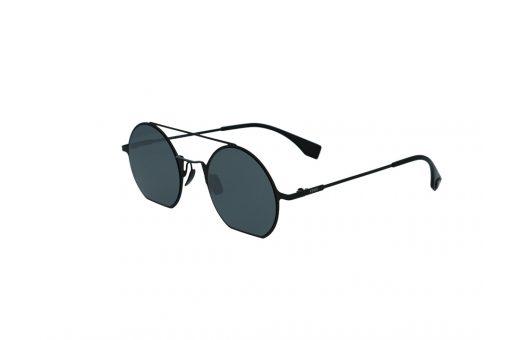 משקפי שמש מבית Fendi בדגם נשי עגול בגוון שחור ועדשות חתוכות