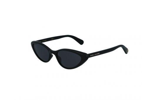 משקפי שמש מבית Marc Jacobs בדגם מיני סייז חתולי בגוון שחור ועדשות כהות