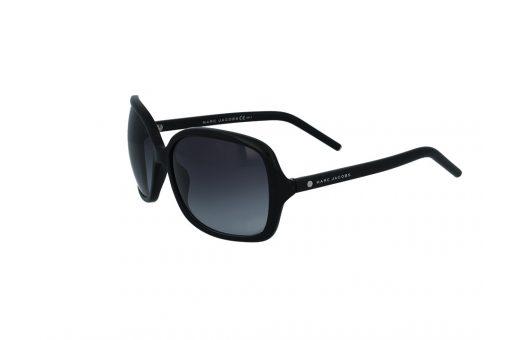 משקפי שמש מבית Marc Jacobs בדגם אובר סייז מרובע בגוון שחור ועדשות תואמות