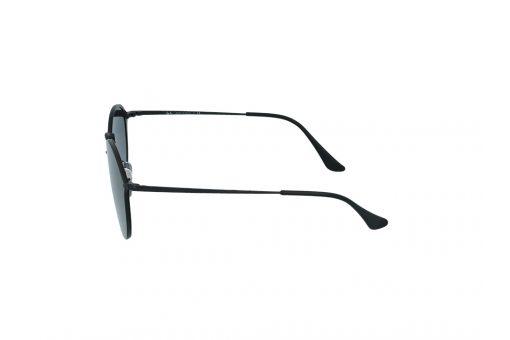 משקפי שמש מבית Ray Ban בדגם עגול בגוון שחור ועדשות כהות