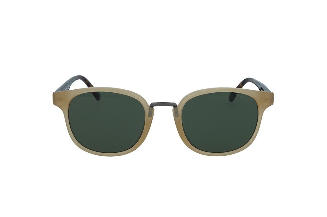 משקפי שמש מבית Gant בדגם יוניסקס מרובע ייחודי בגווני חום בהיר ומנומר ועדשות בגוון ירוק