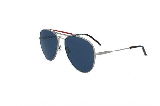 משקפי שמש מבית Tommy Hilfiger בדגם טייסים עם גשר אף כפול ועדשות בגוון כחול כהה
